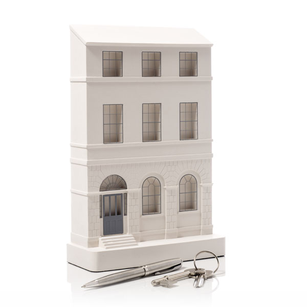 Charlotte Square Model. Product Shot Front View. Architectural Sculpture by Chisel & Mouse