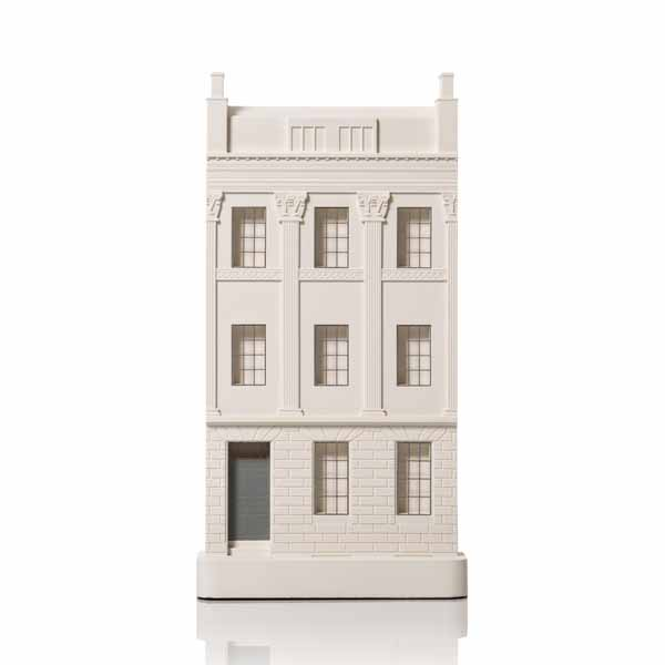 Great Pulteney Street, Bath townhouse. Product Shot Front View. Architectural Sculpture by Chisel & Mouse